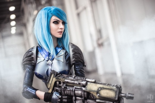 Косплейщица Алиса Шпигель (mightyRaccoon) в образе Nyx из Quake Champions (5 фото)