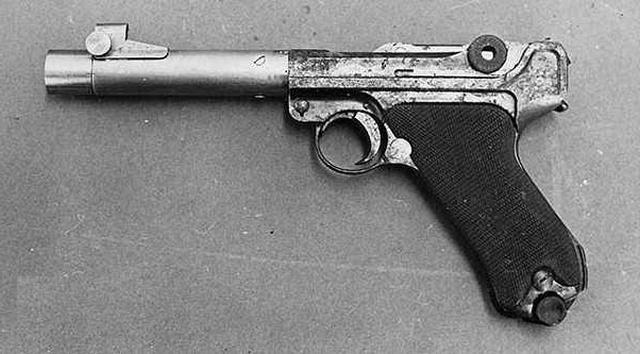 Эксклюзивный пистолет Ганса-Людвига Ширникера (4 фото)