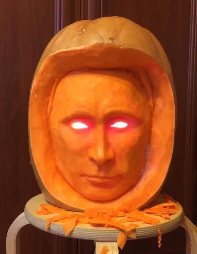 Тыква с Путиным напугала пользователей сети