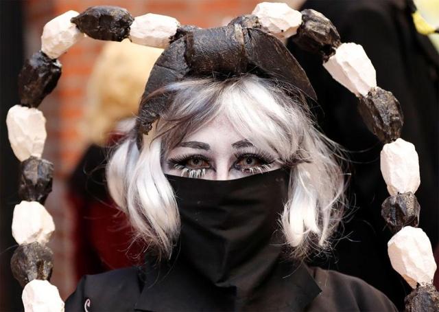 Парад в честь Хэллоуина в Японии (17 фото)