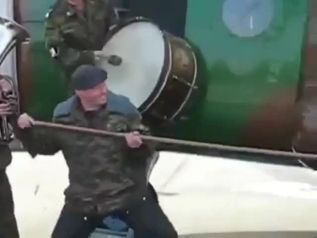 В армии своя атмосфера