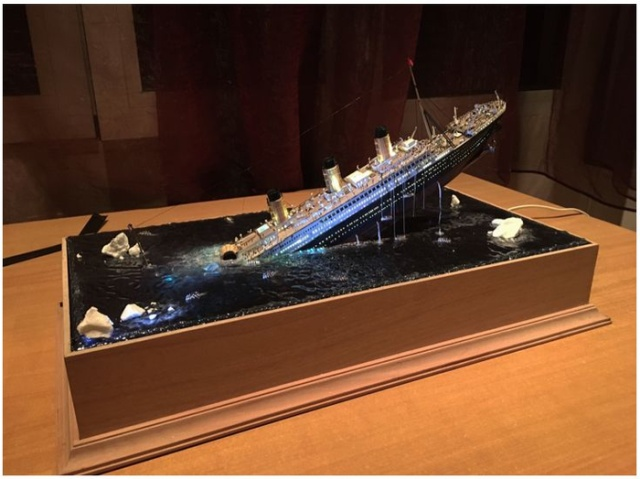 """Удивительная диорама: """"Крушение Титаника"""" (8 фото)"""