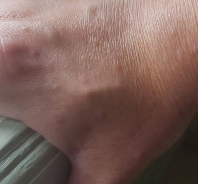 Жители Швейцарии модифицируют свое тело современными микрочипами (6 фото + видео)