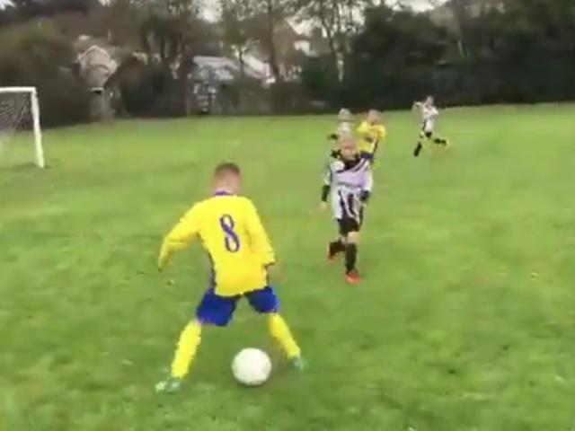 Юные футболисты и отец года