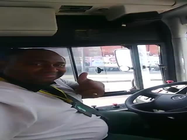 Бесстрашный бразильский водитель