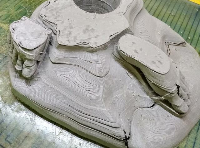 """Копия памятника """"Родина-мать"""" с высотой в 3,4 метра (7 фото)"""