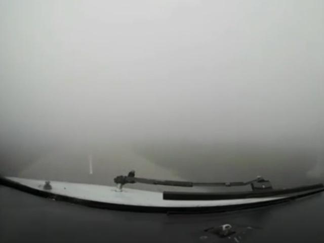Посадка авиалайнера в условиях нулевой видимости в Минске
