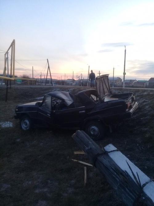 Водитель из Татарстана пожертвовал своим авто, чтобы спасти котика (3 фото)