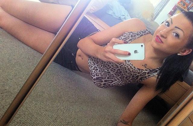 Селин Сентино полностью изменила свою внешность из-за травли в школе, став звездой в Instagram (10 фото)
