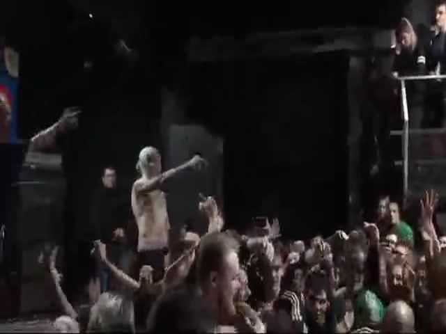Полиция отключила свет и звук во время концерта рэпера Хаски в Ростове
