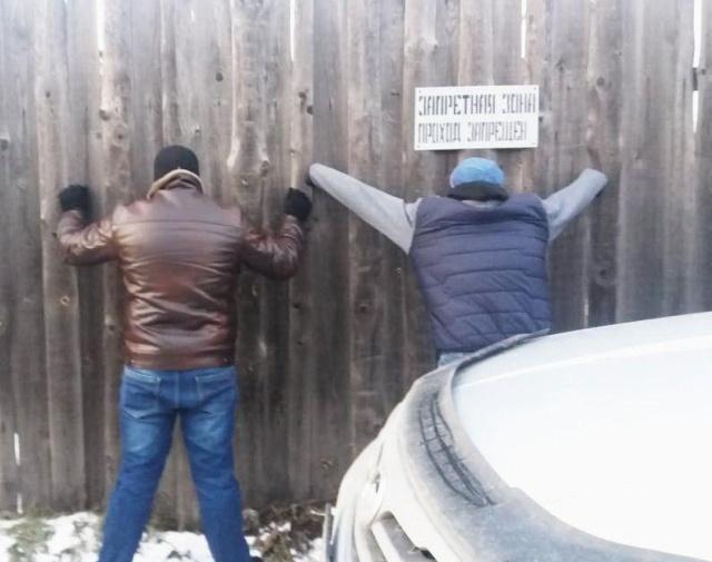Заключенные Ивановской колонии собирались установить Wi-Fi сеть в своем бараке (4 фото)