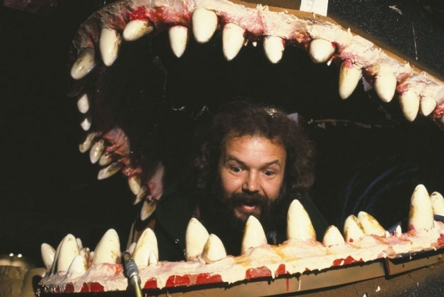 Как в действительности выглядели монстры из известных кинофильмов (21 фото)