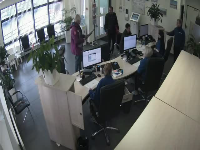 Обиженный москвич явился с дробовиком в офис оператора платной трассы на М-11