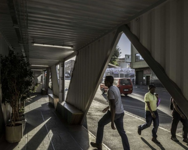 """По-настоящему """"доступное жилье"""" в Йоханнесбурге (13 фото)"""