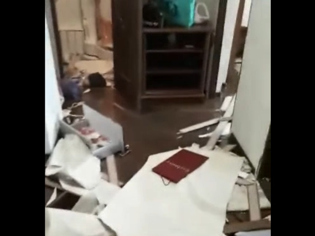 Разгромила квартиру из-за развода
