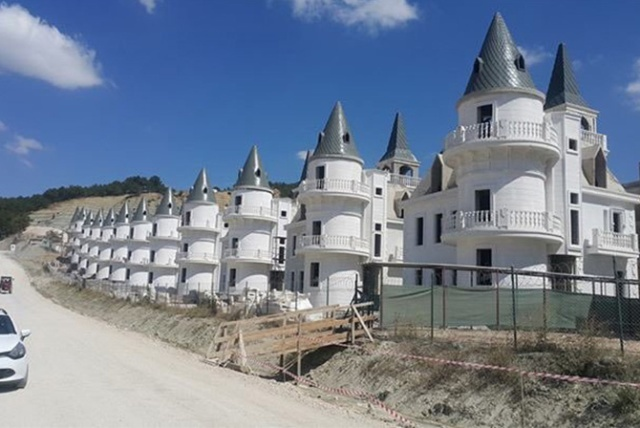 300 Disney-style castles lie empty in £151m Turkish ghost town - drone video