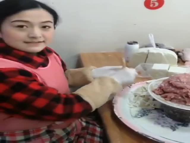 Мастер лепки китайских пельменей 100 уровня