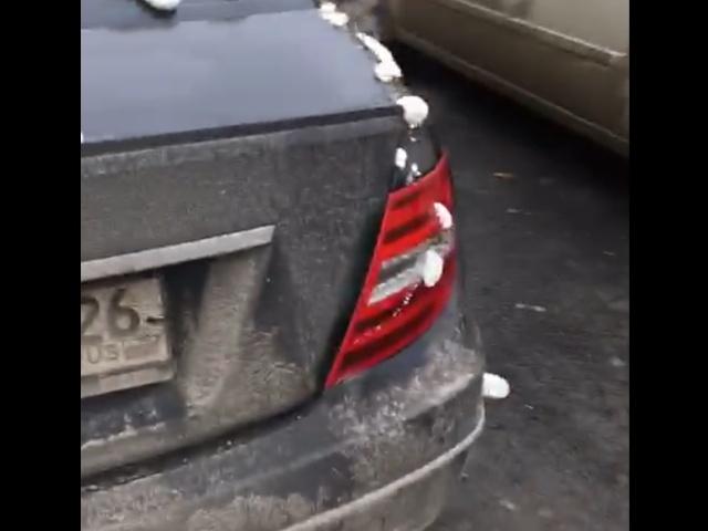 Утеплили новенький Mercedes к зиме?