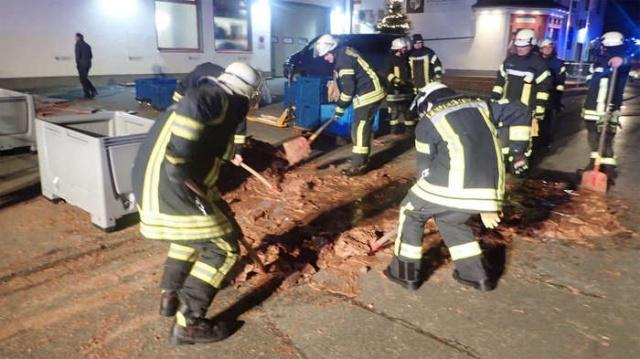 Необычное происшествие в немецком городе Верль (3 фото)