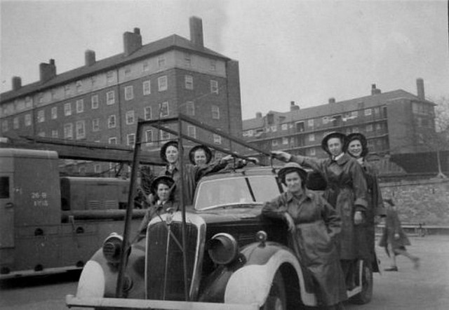 Интересные архивные кадры из прошлого (20 фото)