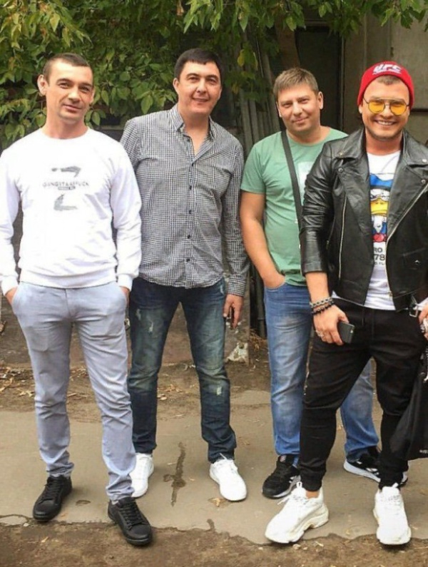 """Музыкальная группа """"Стекловата"""" тогда и сейчас (2 фото)"""