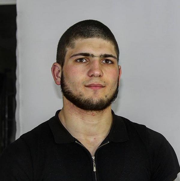 Азиз Нуриев - 18-летний двойник Хабиба Нурмагомедова (4 фото + видео)