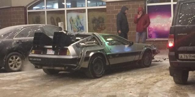 """DeLorean из фильма """"Назад в будущее"""" на улицах Ульяновска (фото + видео)"""