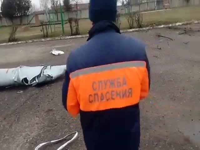 У истребителя МиГ-29 при взлете отвалились запасные топливные баки