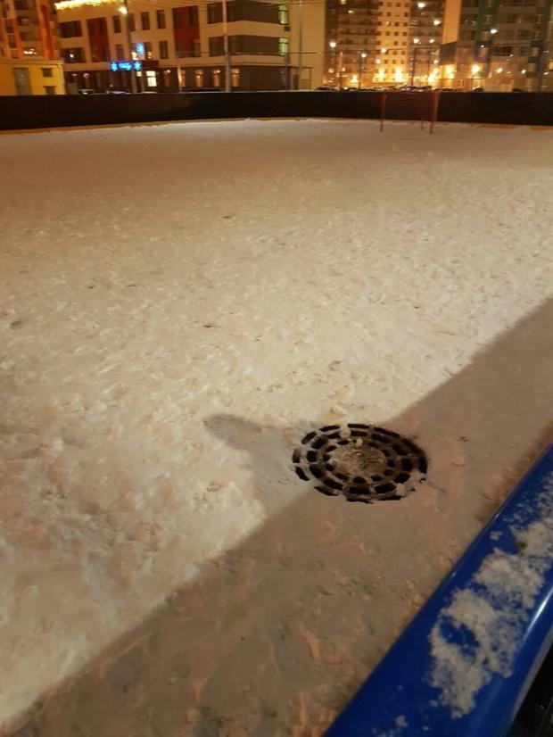 Хоккейная коробка для детей Санкт-Петербурга (2 фото)