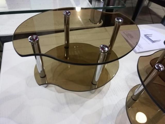 Когда надо выбрать чайный столик, но ты не любишь гостей (4 фото)