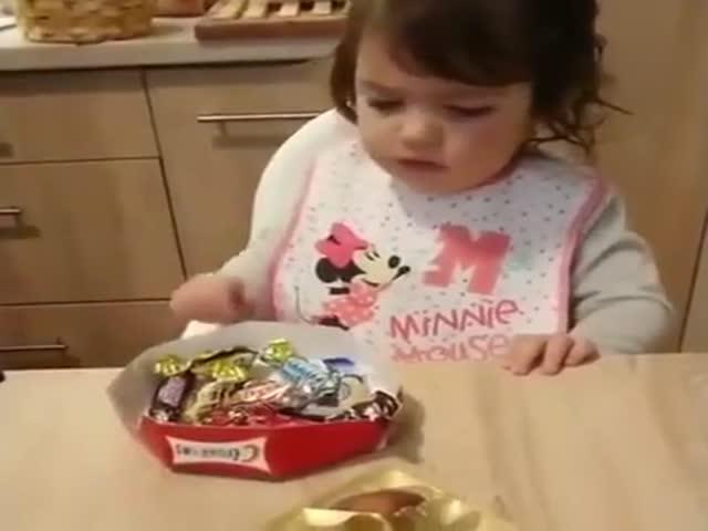 Ребенок, который не любит сладости? Теперь ты видел всё!
