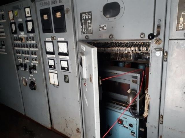 Передвижной энерговагон (8 фото)