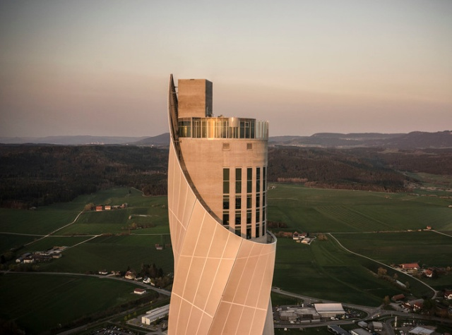 Как вы думаете, для чего нужно это необычное строение? (5 фото)
