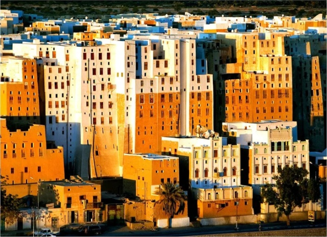 Глиняные небоскребы Шибама (7 фото)