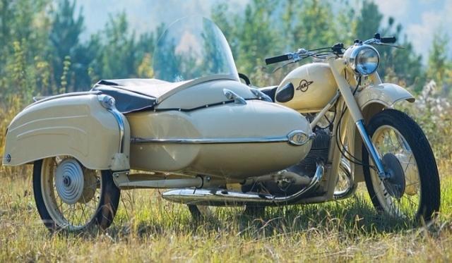 Восстановление старого мотоцикла Иж Юпитер-2 (22 фото)