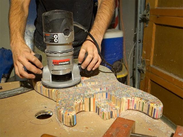 Что можно сделать из 1200 цветных карандашей? (25 фото)