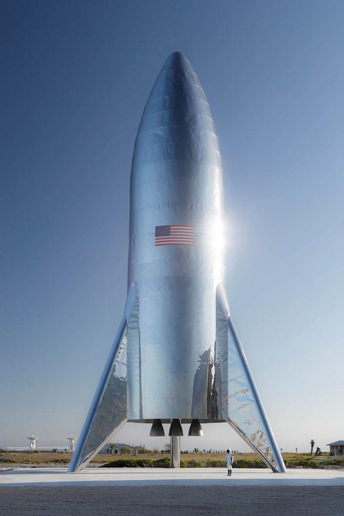 Илон Маск опубликовал фотографию космического корабля SpaceX Starship (5 фото)