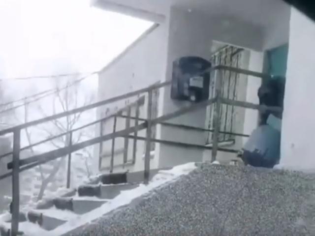 """Сотрудники """"Почты России"""" выполняют """"свою работу"""""""