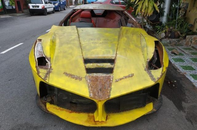 Житель Малайзии попытался сделать своими руками реплику Ferrari LaFerrari (6 фото)