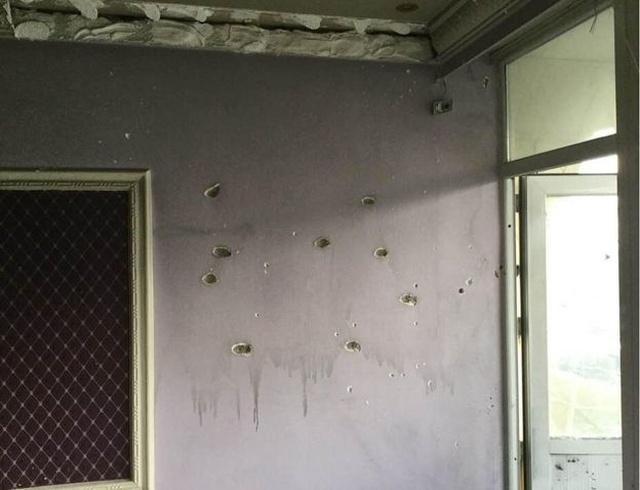 История пилота Василиса Василеу, который выжил во время нападения талибов на гостиницу в Кабуле (27 фото)