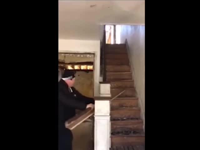 Жуткая ловушка, обнаруженная в доме наркоманов