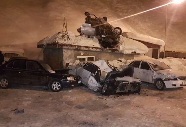 Страшная авария на границе Северной и Южной Осетий (3 фото + видео)