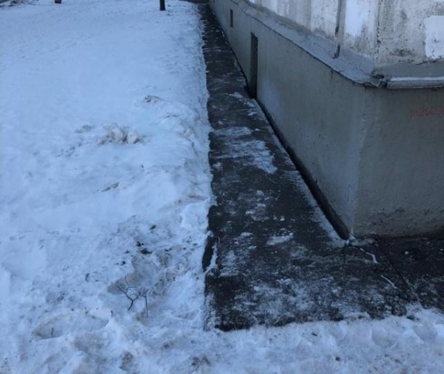 Угроза обрушения зданий в ЮВАО Москвы из-за строительства новой ветки метро (5 фото)