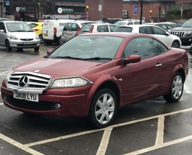 Житель Британии решил выдать свой автомобиль за Mercedes-Benz (3 фото)
