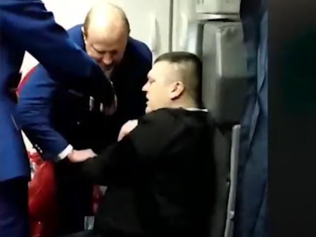 Дебошир, из-за которого рейс Санкт-Петербург - Анталья был вынужден приземлиться в Сочи