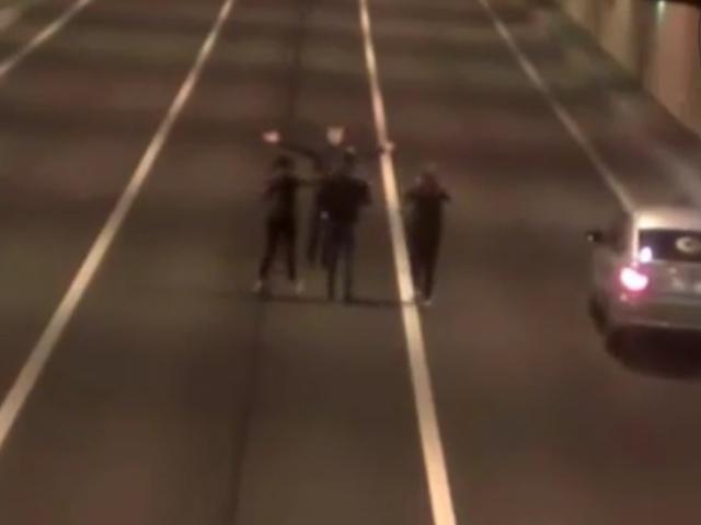 Хотели сделать селфи в тоннеле, но чуть не погибли под колесами автоцистерны