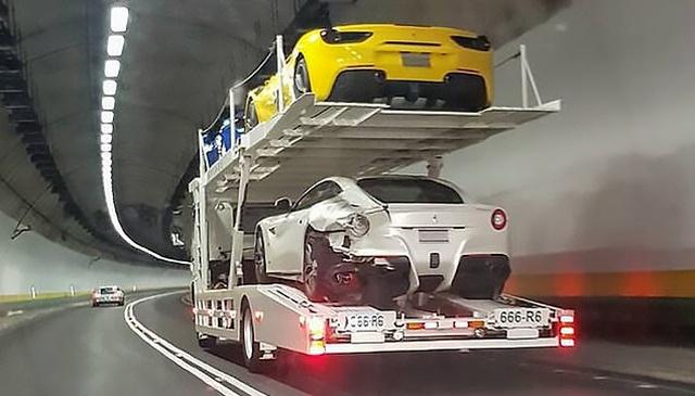 20-летний парень заснул за рулем, а проснулся, когда уже протаранил 4 спорткара Ferrari (11 фото)