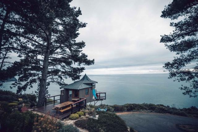 Необычный интерьер пляжного домика (6 фото)