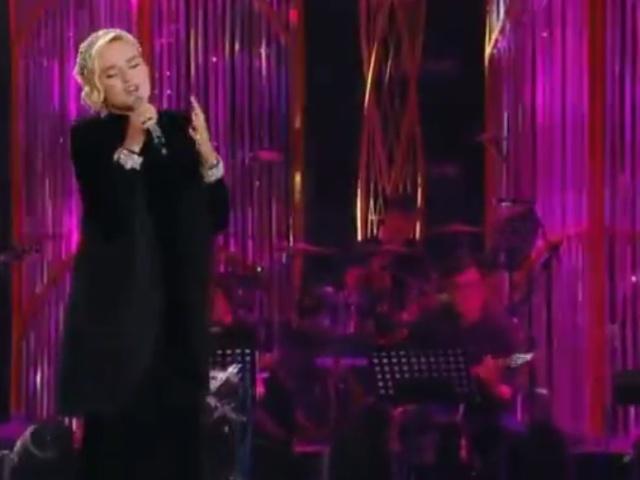 """Полина Гагарина одержала победу в первом этапе китайского шоу """"Singer"""""""