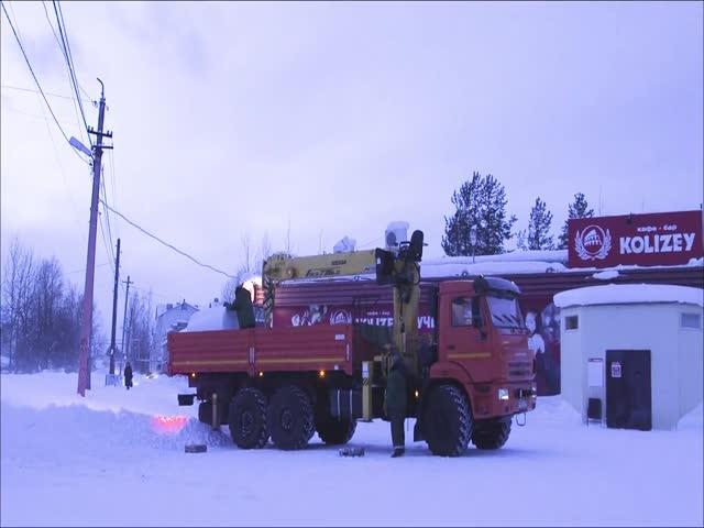 В Архангельской области украли огромный брикет спрессованного мусора